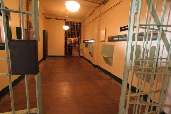 Incarceration6x4