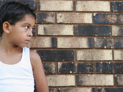 Help migrant children